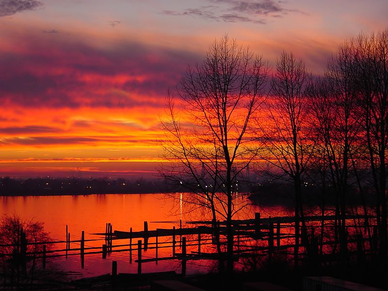 Sunset_in_Coquitlam by Chad Teer                   Taken from Wikimedia Commons