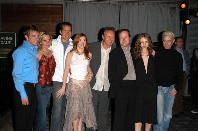 Buffy_The_Vampire_Slayer_cast2 by Patrick Lee 2003-04-18 flickr