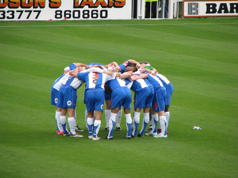 Hartlepool Pre Game Huddle by Yafa Phillips, Flickr, 2007-09-15.jpg